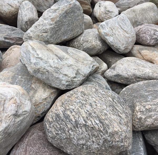 1 良好奇石 泰山石景观石.jpg